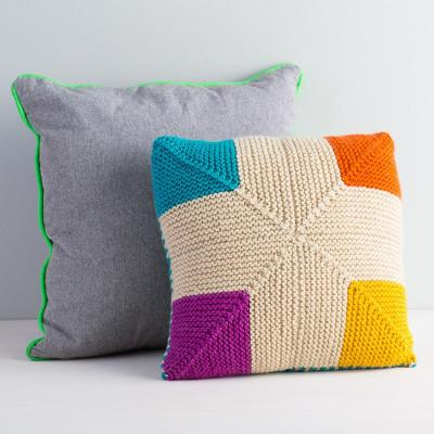 Colorful knitted pillows